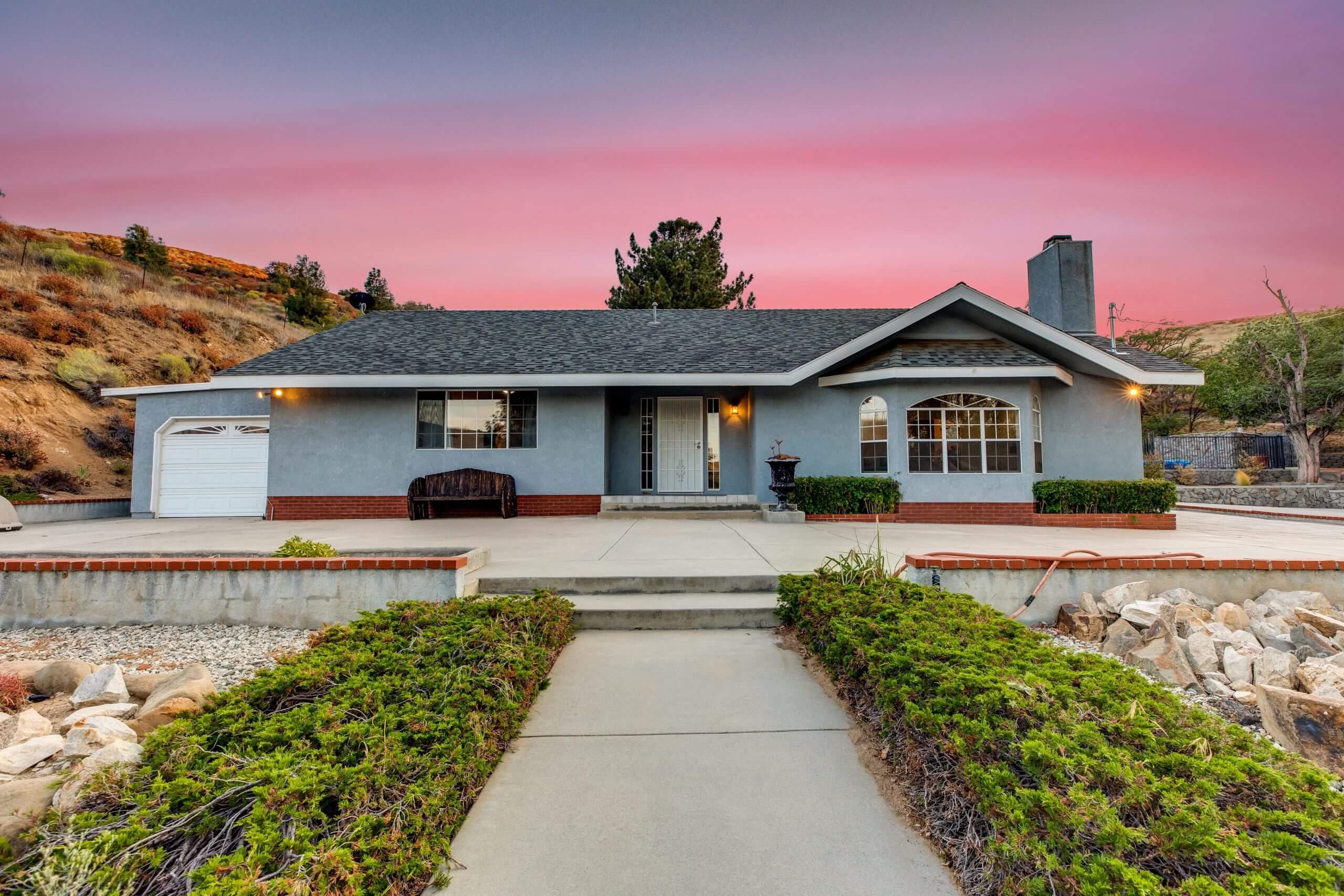 13136 Elizabeth Lake Rd. Leona Valley, CA 93551